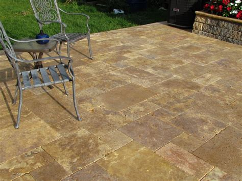 Patio Stones And Pavers Travertine Patio Stones Antique Gold Travertine Pattern Patio Pavers Patio