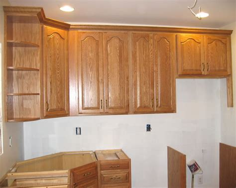 how to install crown molding on kitchen cabinets kitchen cabinet crown molding