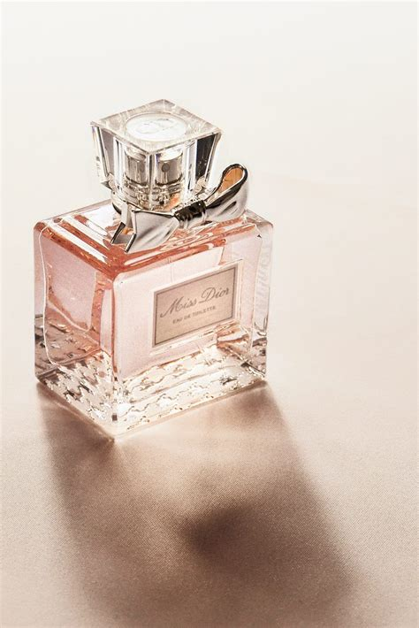 What Perfumes Would Be Really To Give It To A by Top 5 Reasons To Give Perfume As A Gift Overstock