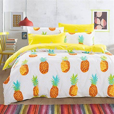 pineapple bed set 35 pineapple home d 233 cor ideas to add a tropical cheer