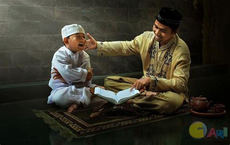 download mp3 orang baca al quran mengaji al quran di rumah agama islam muslim agama