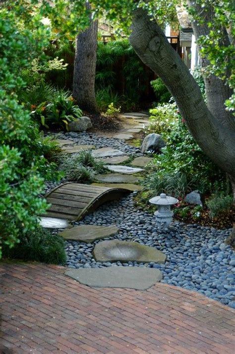 Backyard Creek Bed by Creek Bed Le Jardin