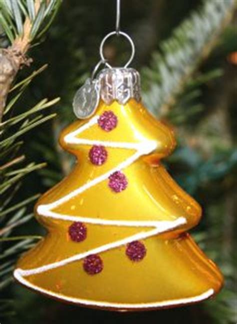 stay at home blessings: make christmas tree ornaments out