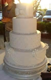 Cupcake Chandelier Stand Bling Cake Wedding Cakes Pinterest