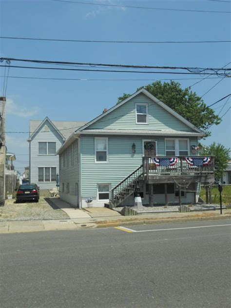 seaside house rentals seaside heights family rental 2 houses 1 block from beach 3 or 4 bedroom jersey
