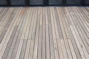 Wohnlandschaft U Form Gebraucht by Bodenbelag Balkon Terrasse Holz Carprola For