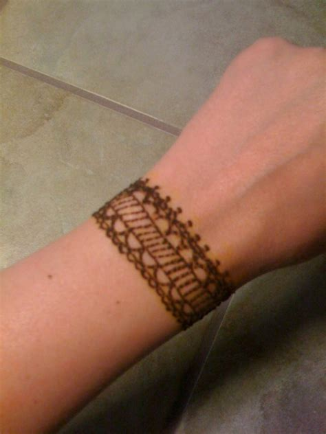 henna tattoo bracelet designs 43 henna wrist tattoos design