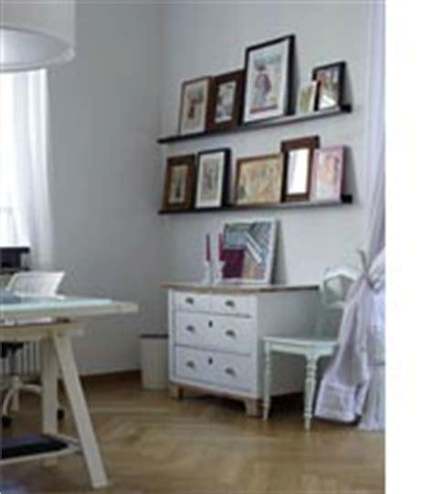 Etagere A Tableau picture ledges picture shelves and picture rails