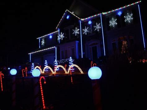 house lights synced to leesburg house aglow with spectacular blinking lights