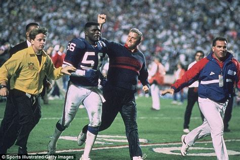 Field Goal Stand john biever s collection of iconic super bowl photos