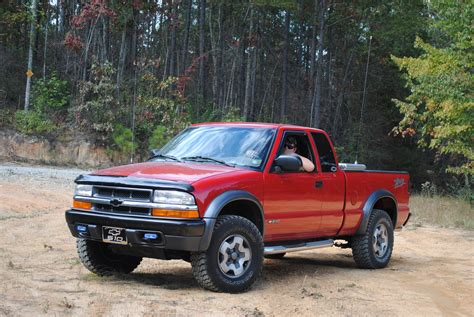 chevy s10 bed size file 2001 chevrolet s 10 zr2 jpg wikimedia commons