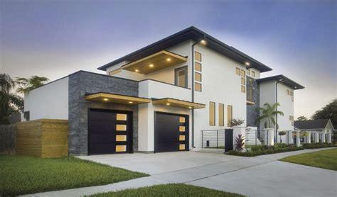 Clopaydoor Residential Garage Doors Exles Residential Modern Style South Dakota Overhead 46 Best Modern Garage Doors And Front Doors By Clopay Images On Pinterest Contemporary Garage