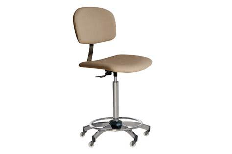 sgabello estetista sgabello estetista con ruote mod ideal per centro estetico