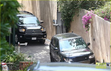 calvin harris house taylor swift calvin harris pictured leaving her house photo 3359105 calvin
