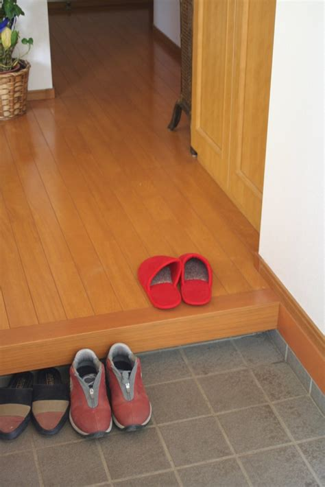 japanese house slippers for guests here and there japan houses leave your shoes at the door