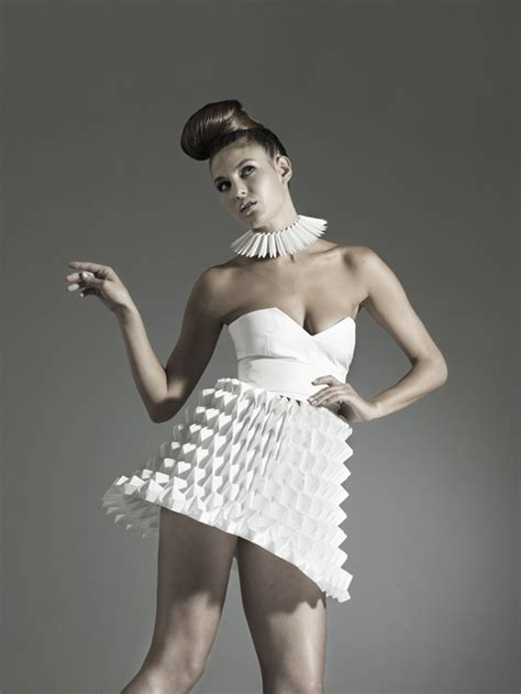 Origami Inspired Fashion - nintai origami inspired geometric dresses strictlypaper