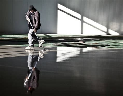 vloer egaliseren hout vloer egaliseren snel een perfect resultaat met m2 vloeren