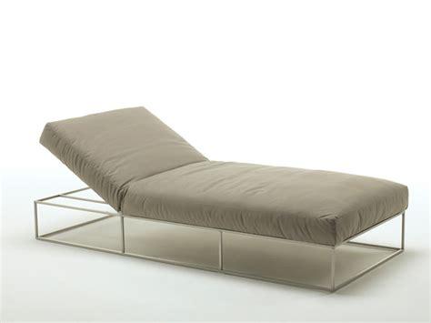 chaise longue divani e divani ile club chaiselongue by living divani design piero lissoni
