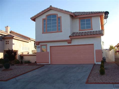 5 bedroom home just 10 minutes away from homeaway las