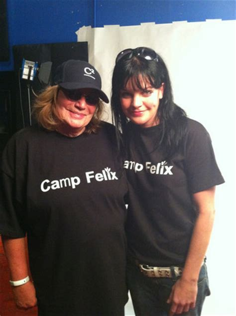 pauley perrette glasses pauley perrette images pauley penny marshall hd