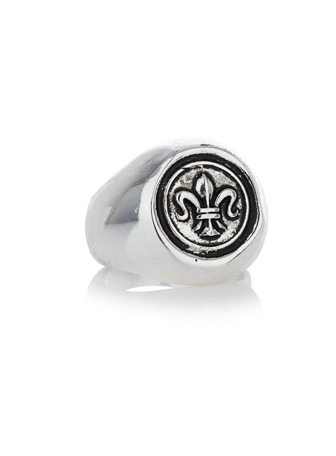 topman crest sovereign ring in silver for metallic