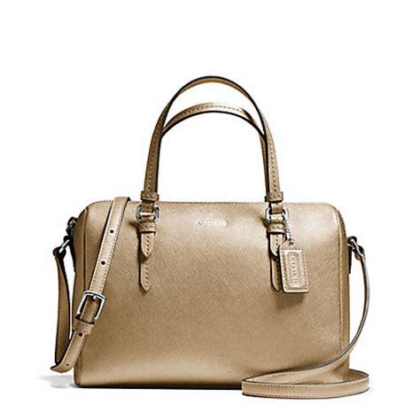 Tas Wanita Coach Set Clutch 881 1 peyton mini satchel f50430 silver gold coach handbags satchels www handbagdb