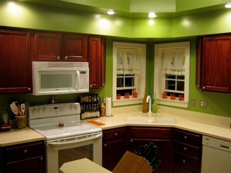 ideal paint colours    kitchen