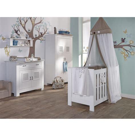 chambre bébé aubert table de salle a manger style industriel