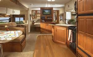 Fleetwood Pioneer Travel Trailer Floor Plans 10 amazing luxury items you can find in campers and travel