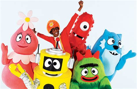 yo gabba gabba couch 10 things that get me through the day
