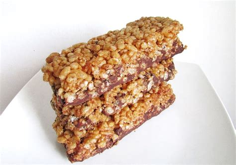 peanut butter rice crispy bars with chocolate on top peanut butter rice crispy protein bars
