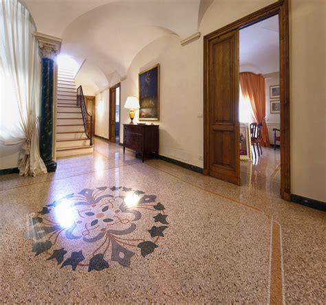 pavimento in marmettoni vigo mosaici seminato alla veneziana