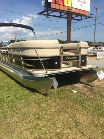 lexington pontoons bentley pontoons boats for sale in lexington south carolina