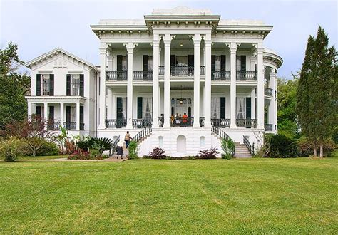 greek style homes 25 best ideas about greek revival architecture on