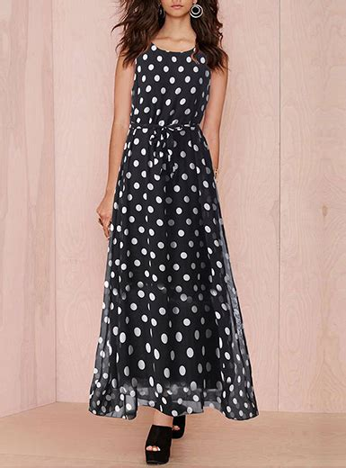 Longdress Polka Po chiffon maxi dress black white polka dots sleeveless
