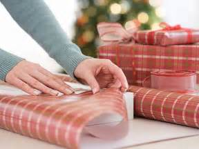 wrapping presents want to perfectly wrap your christmas presents here s how