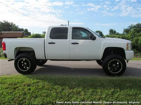 short bed silverado 2009 chevrolet silverado 1500 lifted lt 4x4 crew cab short bed