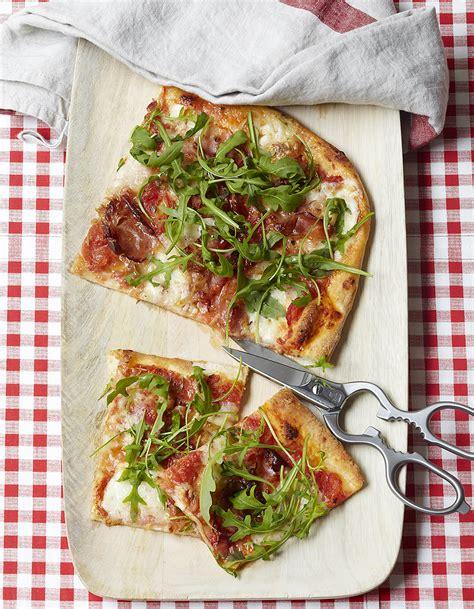 faire sa cuisine am駭ag馥 soi meme 30 recettes pour faire soi m 234 me sa pizza 224 table