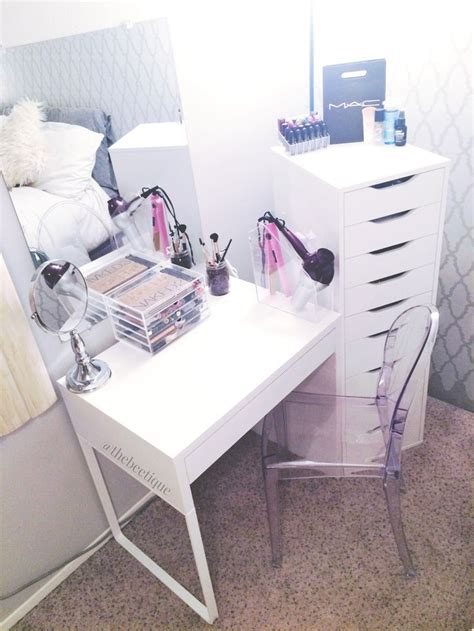 makeup desk with drawers this is the simplest vanity i ve seen yet and it s