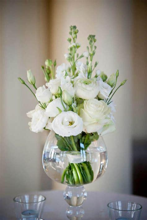simple centerpieces to make 20 budget friendly wedding centerpieces