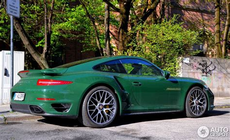 porsche british racing green uber cool porsche 991 turbo in british racing green