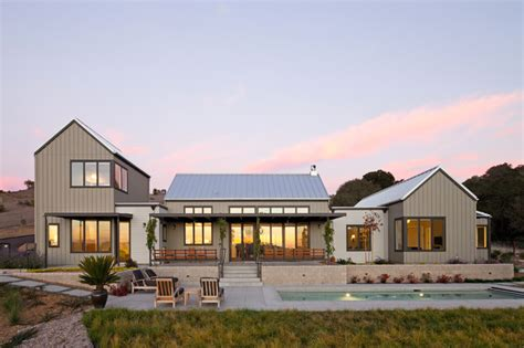 modern farmhouse colors modern farmhouse farmhouse exterior san luis obispo