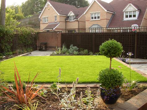 small family garden design welcome to nichols design ltd contemporary paved