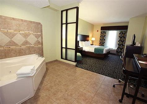 comfort inn jacuzzi room 301 moved permanently