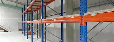 regalsysteme für bücher regalsystem industrie bestseller shop f 252 r m 246 bel und