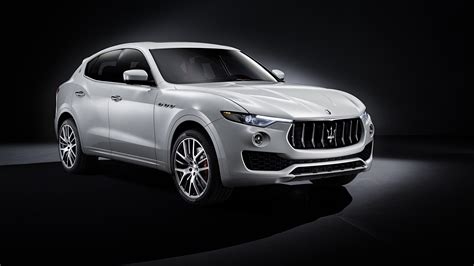 maserati levante wallpaper 2017 maserati levante 4k wallpaper hd car wallpapers id