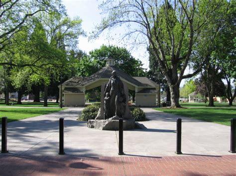 short description about jatim park esther short park vancouver washington names from the