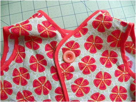 pattern for toddler art smock pin by erika chagnon on sew tute pinterest