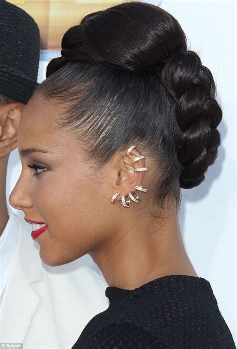 two ear hairstyle billboard music awards 2012 alicia keys dons a pair of