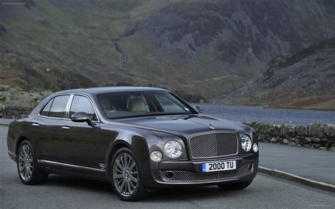 Bentley Mulsanne 2013 Widescreen Car Wallpaper 21
